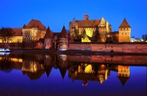 malbork 300x196 Najpiękniejsze zamki Polski