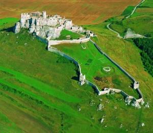 spišský hrad1 300x261 Słowackie zamki